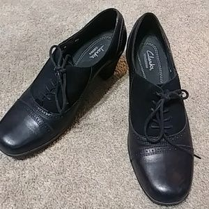 Clarks Bendable's Cube Heeled Shoes 8M